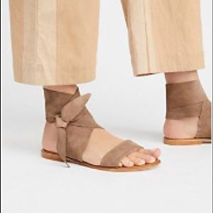 Seychelles Cruisin' Tie Sandals